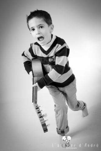 photo enfant guitare parthenay